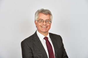 Dr Ian Cameron